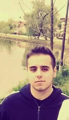 MihaitaBagabontul, barbat, 23 ani, BUCURESTI
