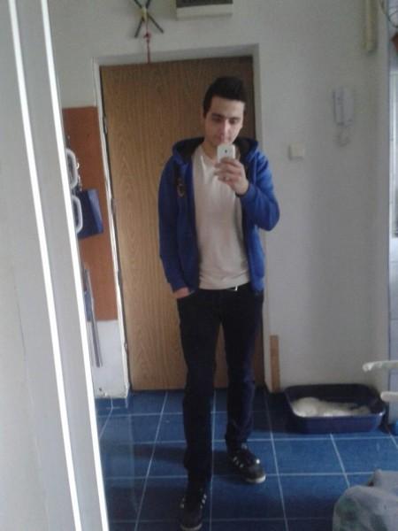 StefanStefan1, barbat, 23 ani, BUCURESTI