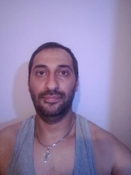 Constantin_Marian, barbat, 40 ani, BUCURESTI