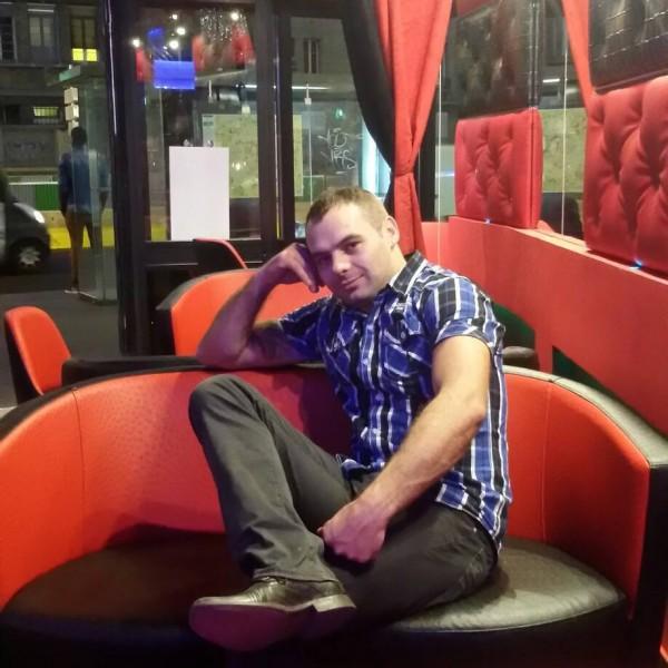 vasilebb, barbat, 33 ani, Satu Mare