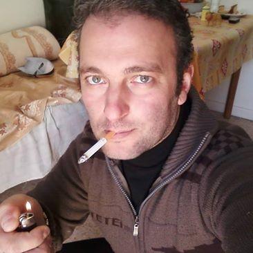 aa76, barbat, 43 ani, Petrosani