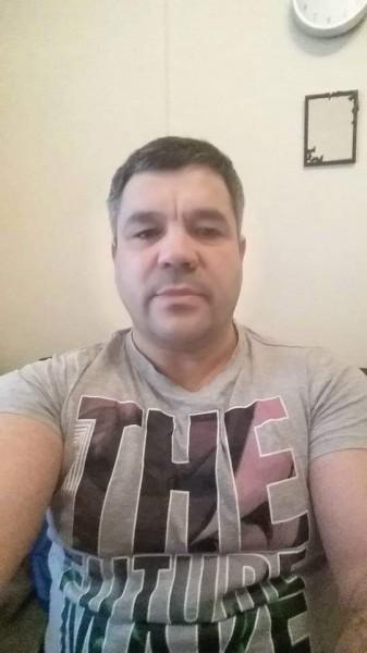 George_Racovita, barbat, 43 ani, Galati