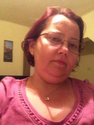 Magnolie, femeie, 41 ani, Dej