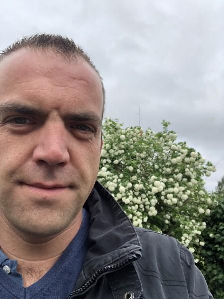 Cdbel, barbat, 37 ani, Belgia