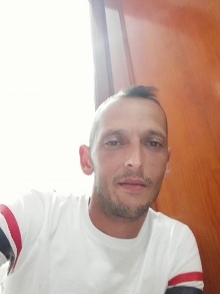 Plesa38, barbat, 39 ani, Alba Iulia