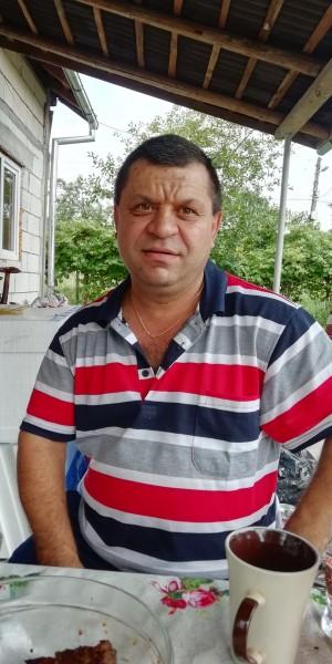 IulianBuda, barbat, 48 ani, Baia Mare