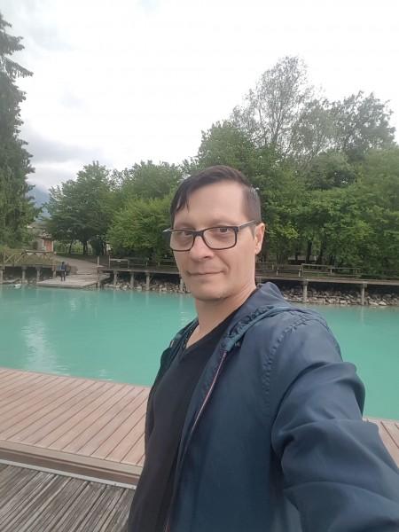 Emiljurchi, barbat, 50 ani, BUCURESTI