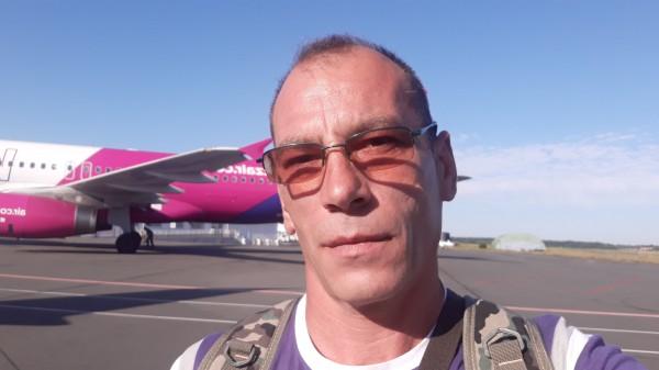 robertandrei76, barbat, 43 ani, Fagaras