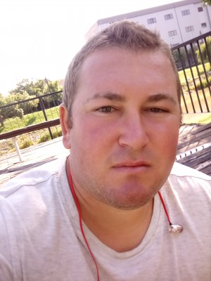 Romanesti33, barbat, 30 ani, BUCURESTI