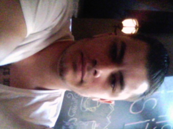 nmehmet, barbat, 26 ani, BUCURESTI