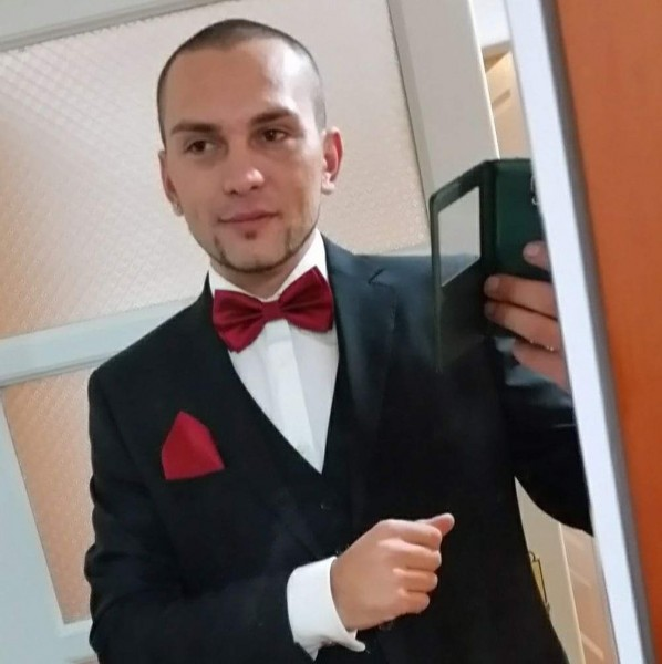 Gabriel_Leu, barbat, 33 ani, Spania
