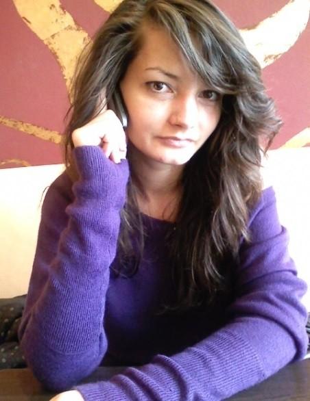 Alyynutzaa, femeie, 30 ani, Marea Britanie