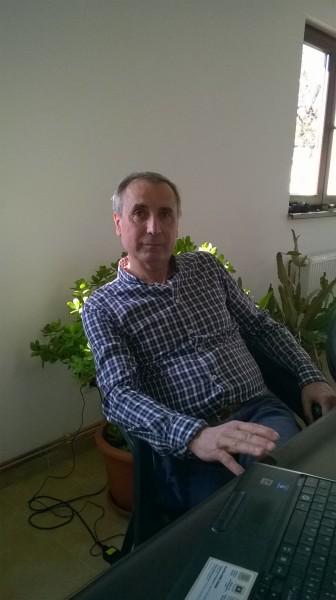 TracheAndrei, barbat, 65 ani, Valenii de Munte