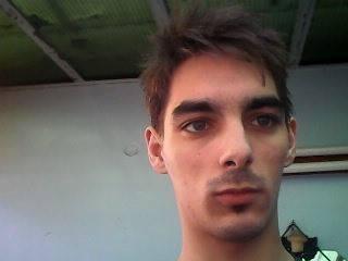 eddward, barbat, 26 ani, Sibiu