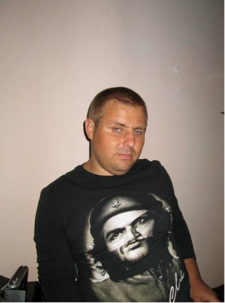 dannyeddy31, barbat, 35 ani, Braila
