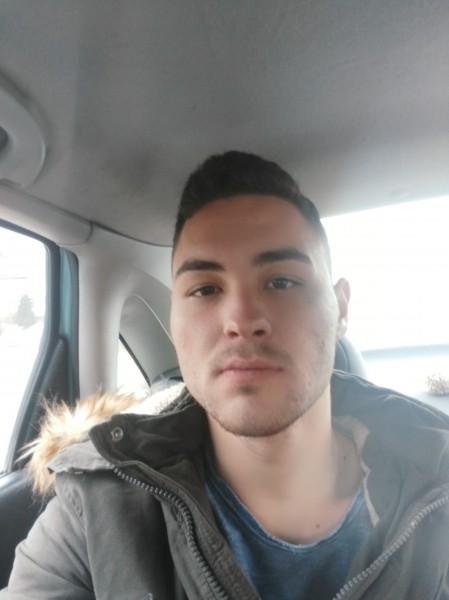 Cristi_Popescu325, barbat, 22 ani, Craiova