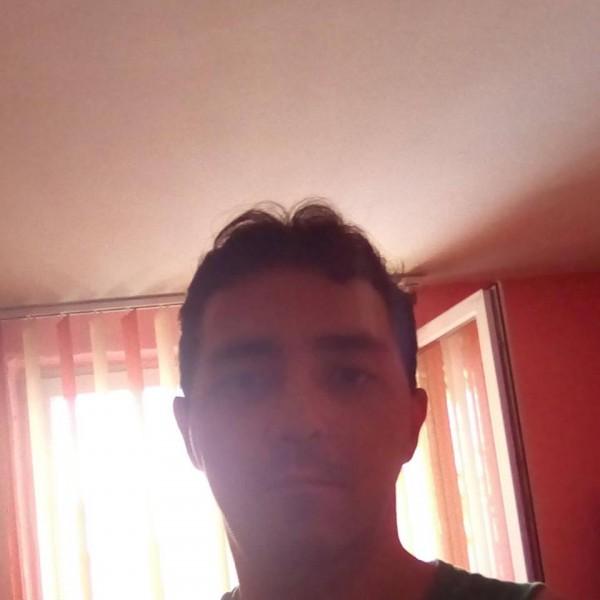 milanointer, barbat, 33 ani, Roman