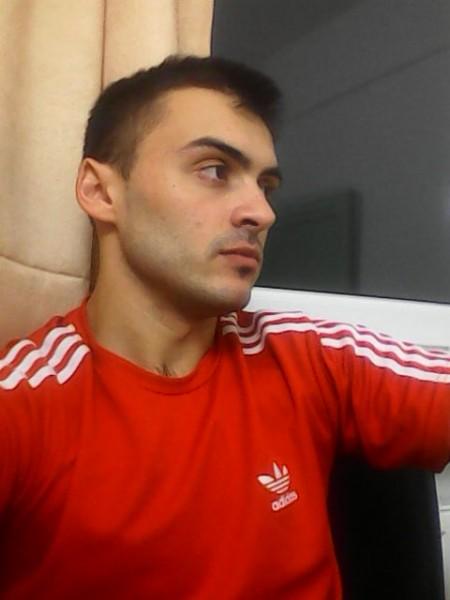 vladeskupitiku, barbat, 29 ani, Baia Mare
