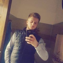 CosminVip7, barbat, 21 ani, BUCURESTI