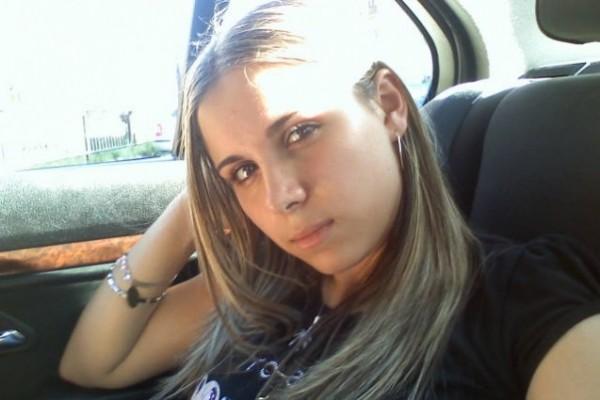 Alexaandra25, femeie, 29 ani, Botosani