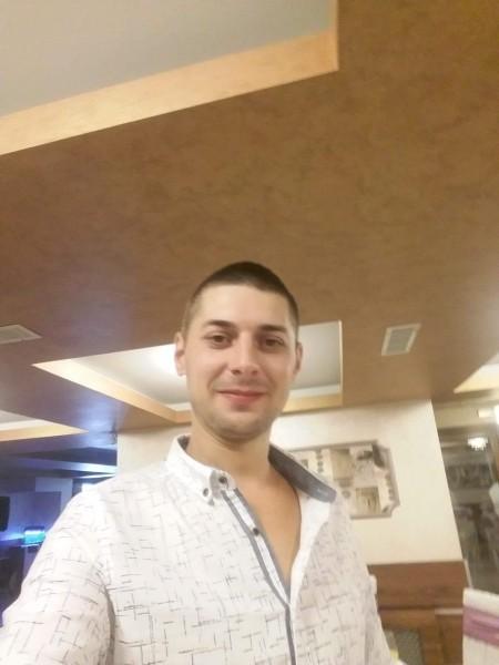 Mihai0302, barbat, 30 ani, Galati