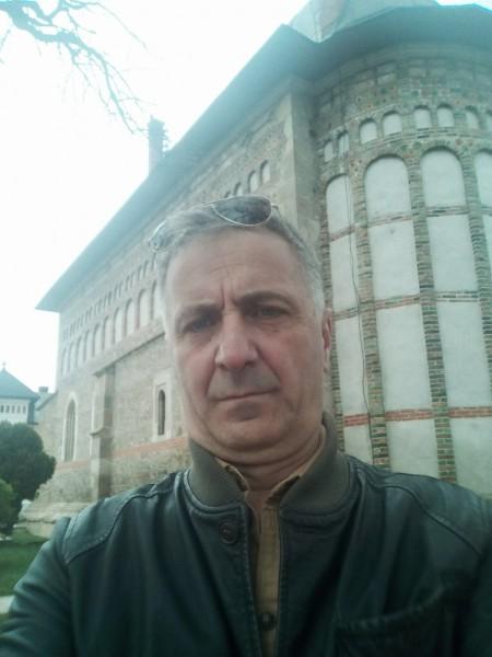 Flores22, barbat, 49 ani, Cluj Napoca