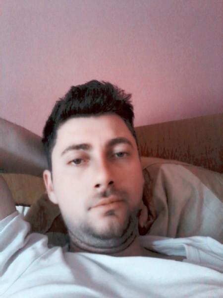 Florin80pyu, barbat, 37 ani, Pitesti