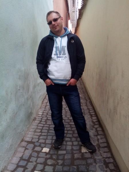 bernarddjk, barbat, 31 ani, Brasov
