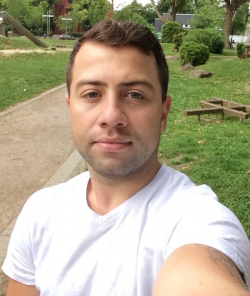 Yonutzbebe, barbat, 28 ani, Germania