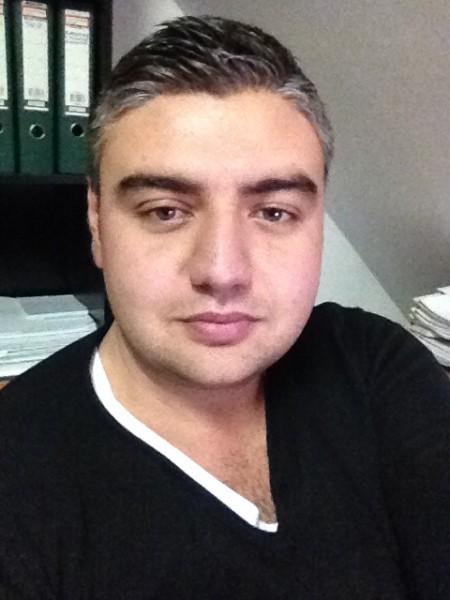 Alex_ufo, barbat, 35 ani, BUCURESTI