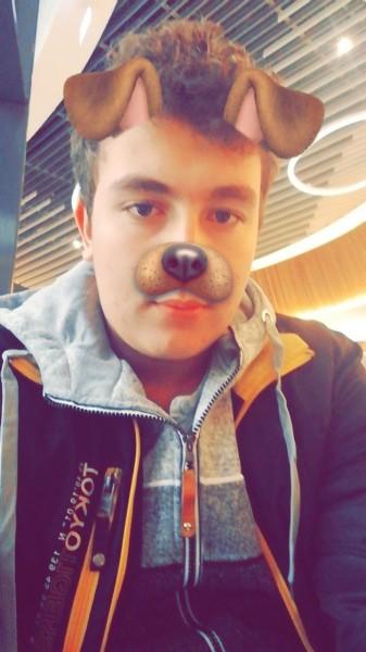 Iulian1407, barbat, 17 ani, BUCURESTI