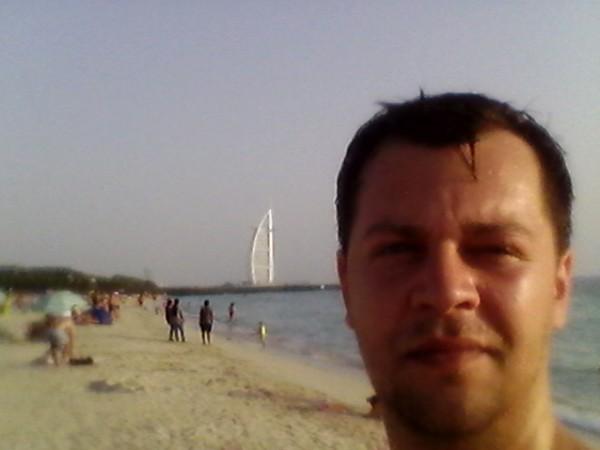 AndreiLeuca, barbat, 32 ani, BUCURESTI