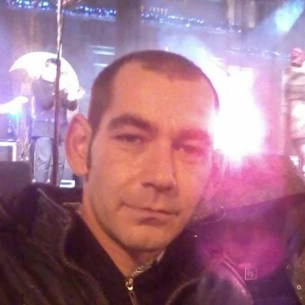 alex_dan86, barbat, 33 ani, Arad