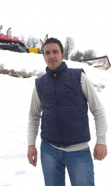 alexzu_2004, barbat, 36 ani, BUCURESTI