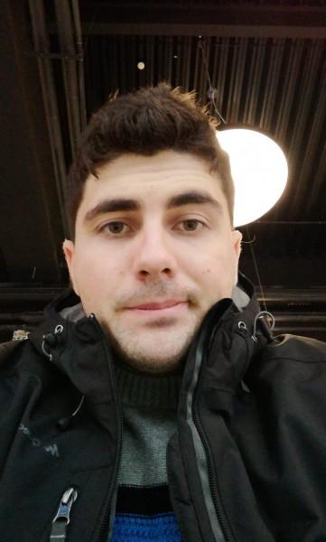 Sycan, barbat, 25 ani, Bacau