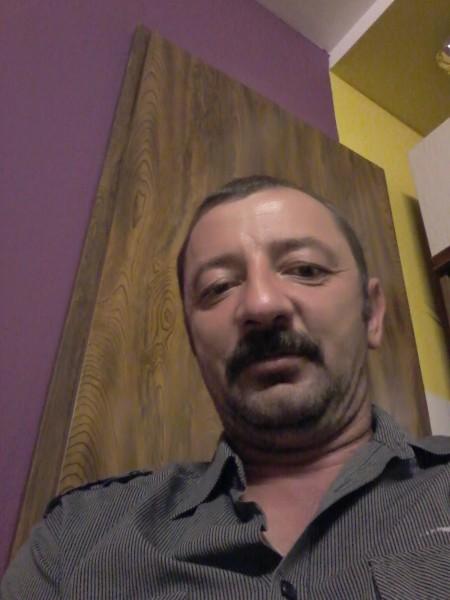 eugen7474, barbat, 44 ani, Romania