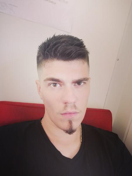 JulianP, barbat, 26 ani, Iasi