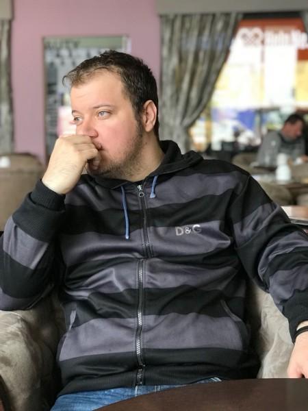 alin_adrian999, barbat, 35 ani, Hunedoara
