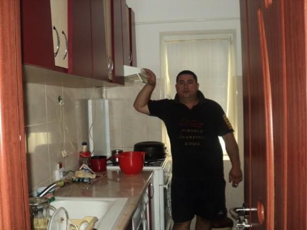 ursuletzz, barbat, 44 ani, Grecia