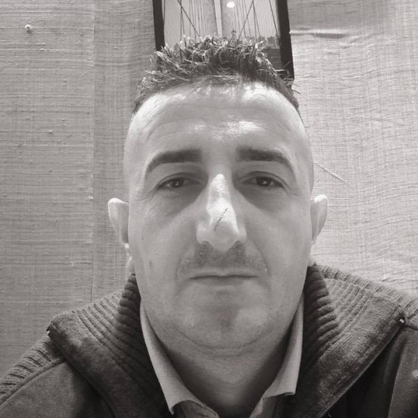 Ioanbcn, barbat, 37 ani, Oradea