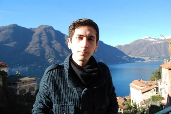 Stefan2, barbat, 22 ani, BUCURESTI
