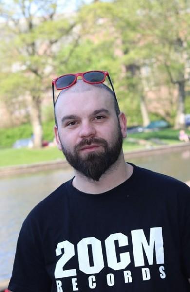 Marius3016, barbat, 30 ani, Piatra Neamt