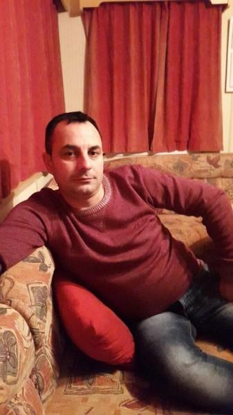cip300, barbat, 37 ani, Pitesti