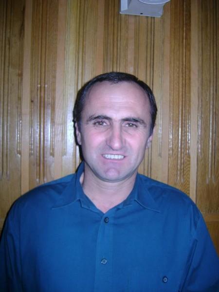 medor, barbat, 53 ani, Curtea de Arges