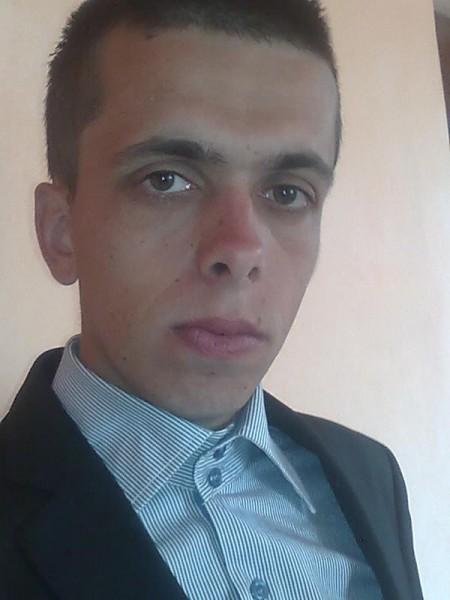 ionutz_cj, barbat, 29 ani, Cluj Napoca
