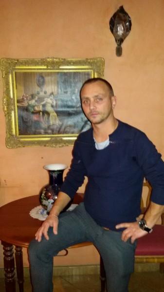 giovani2000, barbat, 34 ani, Romania