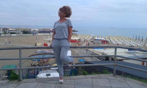 IMihaela, femeie, 49 ani, BUCURESTI