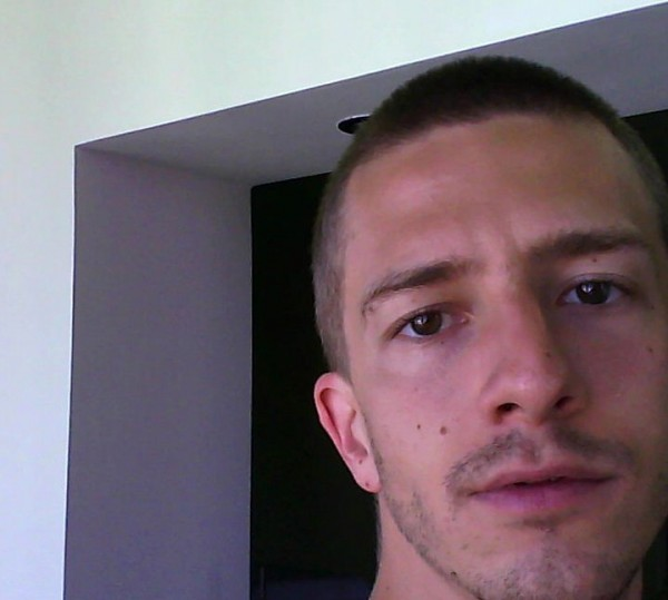 Othi, barbat, 32 ani, Arad