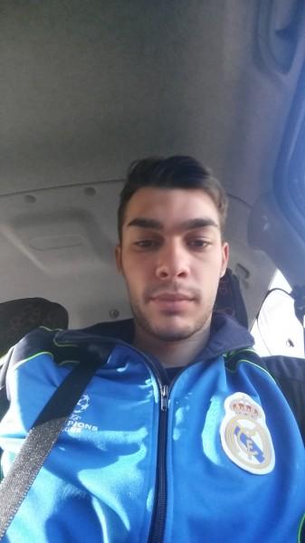 Alexandrumatei97, barbat, 21 ani, BUCURESTI