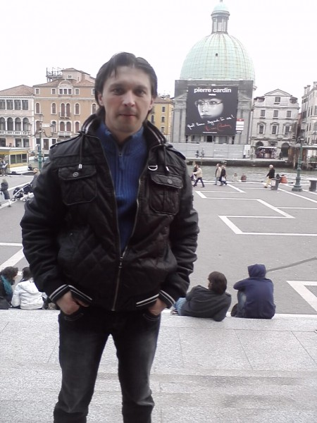Fiolin, barbat, 40 ani, Italia